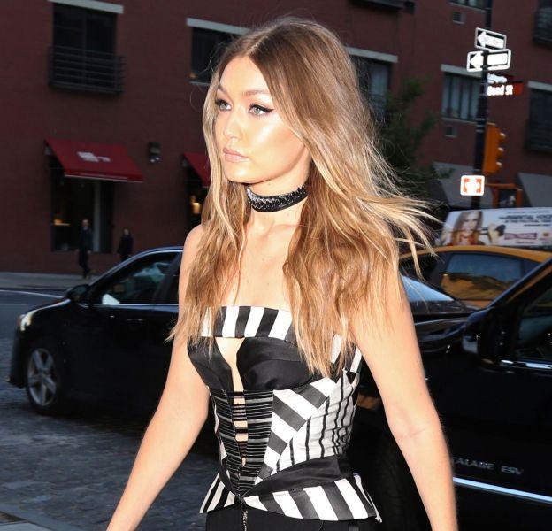 "Gigi Hadid se rend à l'émission ""The Tonight Show With Jimmy Fallon"" à New York, le 16 mai 2016."