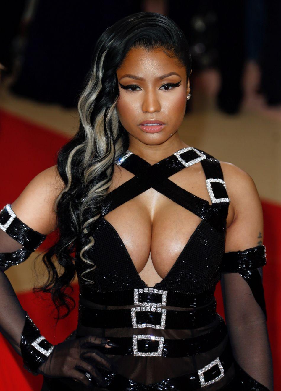 Nicki Minaj, ultra sexy sur la plage pour son anniversaire.