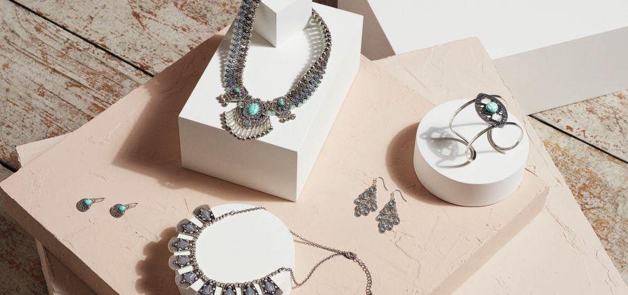 Cadeaux de Noël : nos bijoux préférés à moins de 50€