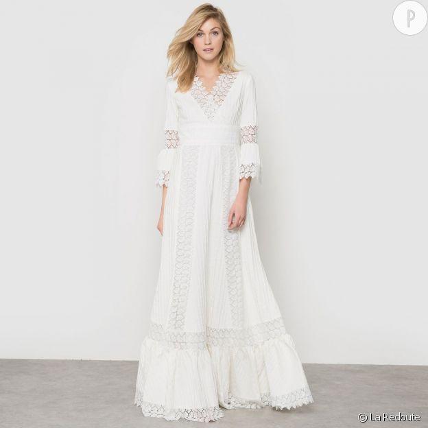 Robe blanche pour l'hiver