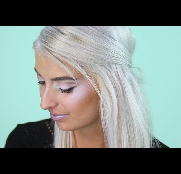 "Le maquillage ""Frozen"" en quelques étapes."