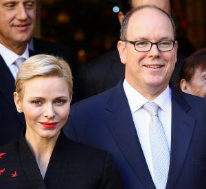 Le couple royal s'est déplacé à la Croix-Rouge de Monaco pour des festivités de Noël en avance.