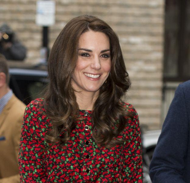 Kate Middleton fait sensation avec une sublime robe à fleurs.
