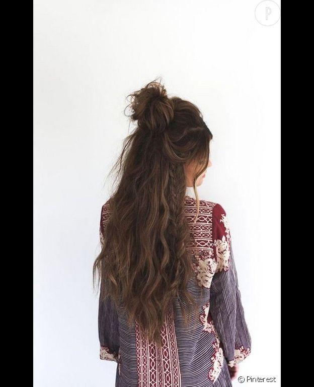 Cheveux long epais et ondule
