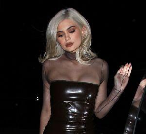 Kylie Jenner s'ultrabrande sexy pour un rendez-vous professionnel