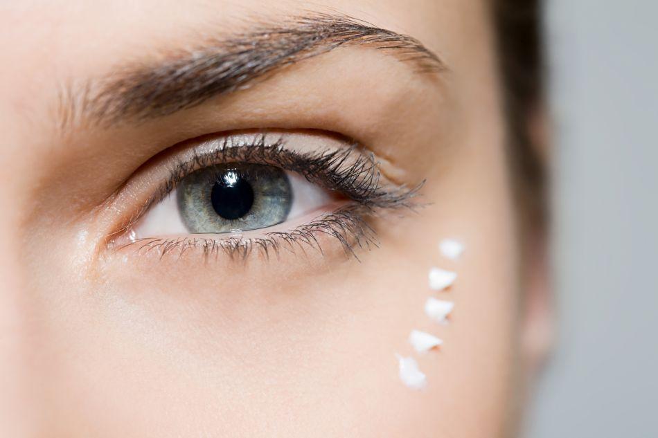 Et si on appliquait toutes mal notre contour des yeux ?