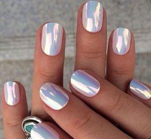 Les plus belles manucures miroir repérées sur Pinterest