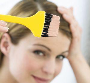 Colo blonde : comment éviter les reflets jaunes ?
