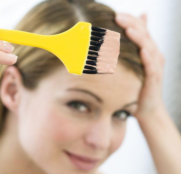 Prenez bien soin de choisir une décoloration adaptée à votre type de cheveux.