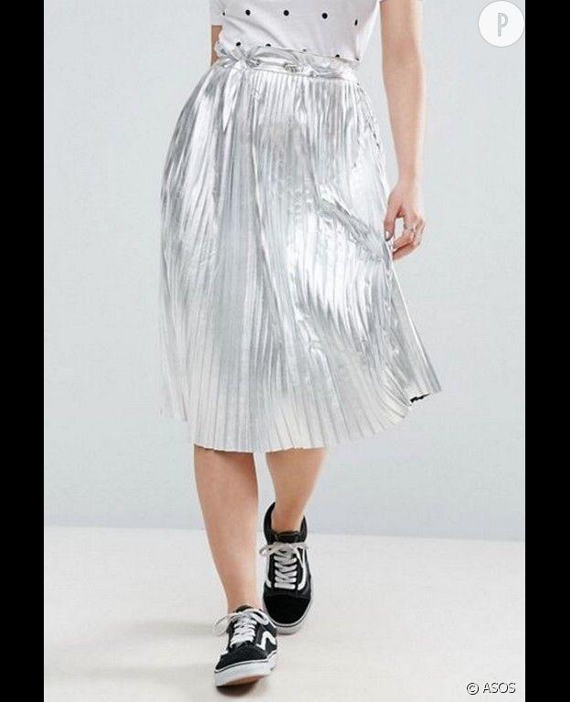 Jupe plissée mi-longue - Argenté métallisé - ASOS, 39,99 €.