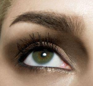 4 palettes pour mettre en valeur des yeux verts