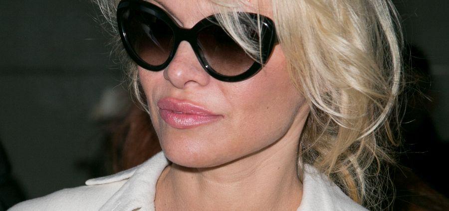 Pamela Anderson : ses traits tirés déclenchent la polémique sur la Croisette
