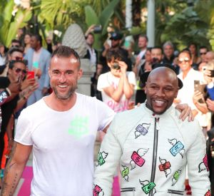 Philipp Plein (à gauche) et le champion de boxe  Floyd 'Money' Mayweather.