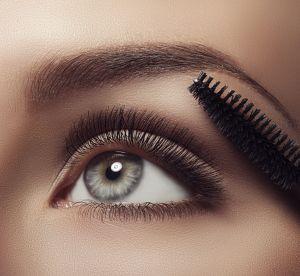 Mascara sourcils : pourquoi il faut l'adopter et lequel choisir ?