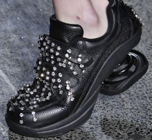 Les 5 paires de chaussures les plus improbables de la Fashion Week de Londres