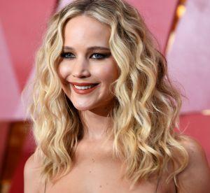 Jennifer Lawrence ose la permanente aux Oscars : cool ou démodé ?