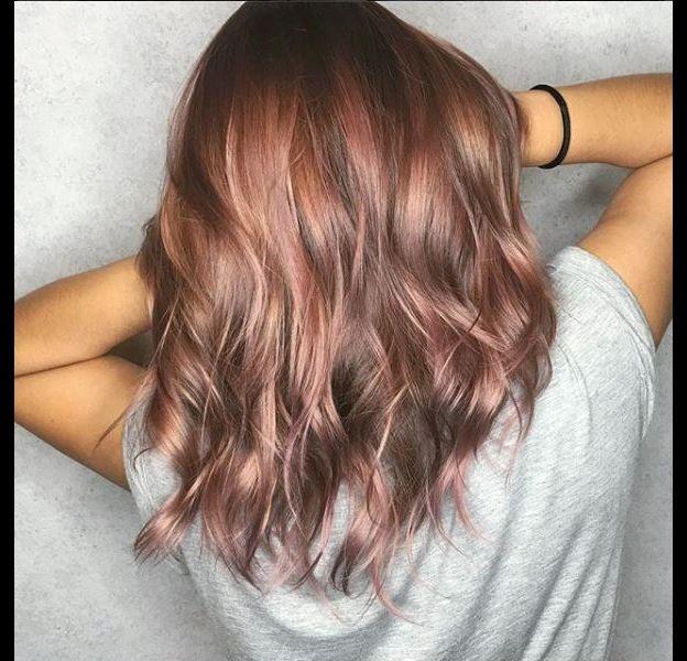 Le Rose Brown Hair est la coloration qui va détrôner le Rose Gold.