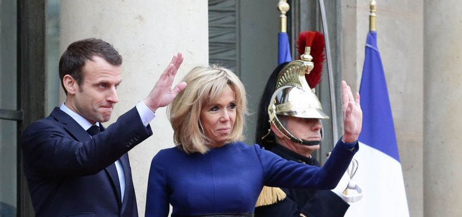 Brigitte Macron : son astuce pour recycler son dressing d'été en hiver
