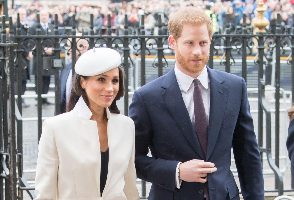 Prince harry et meghan on connait le dress code impos for Code vestimentaire royal de mariage