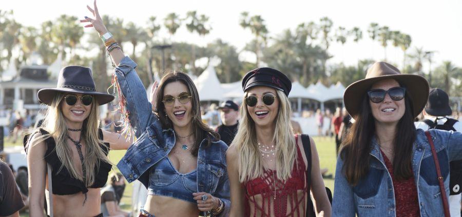 Coachella 2018 : la brassière, pièce phare du festival