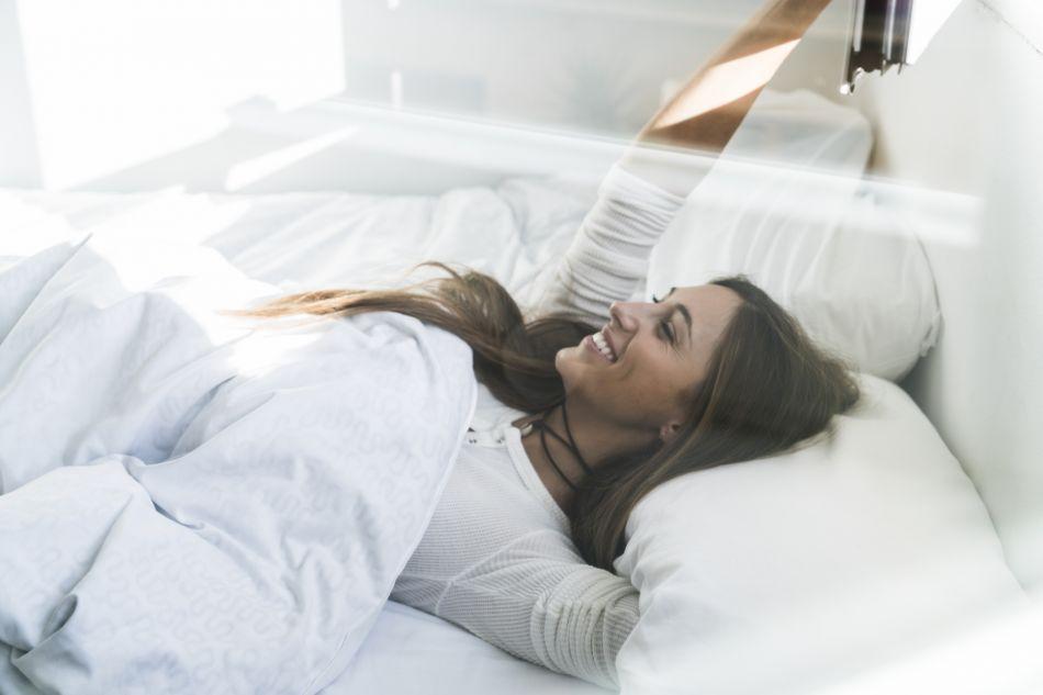 sommeil 5 conseils pour rendre sa chambre feng shui afin de mieux dormir puretrend. Black Bedroom Furniture Sets. Home Design Ideas