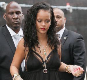 Rihanna : elle ose la robe nuisette à New York