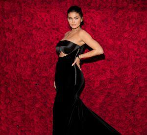 Et si on adoptait les cheveux rouges comme Kylie Jenner pour la Saint-Valentin ?