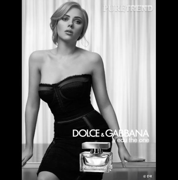 Scarlett Johansson pour The One de Dolce and Gabbana...