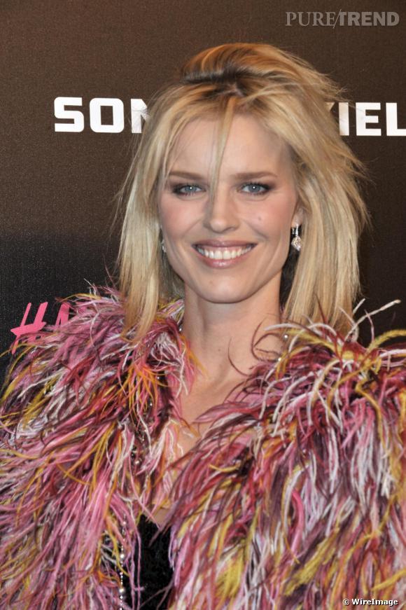 Eva Herzigova à la soirée de lancement de la collection Sonia Rykiel pour H&M au Grand Palais