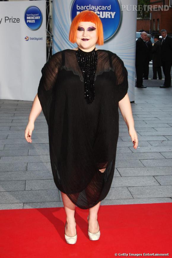 Perruques, robes improbables ... Beth Ditto ne recule devant rien et affirme son originalité sans complexe
