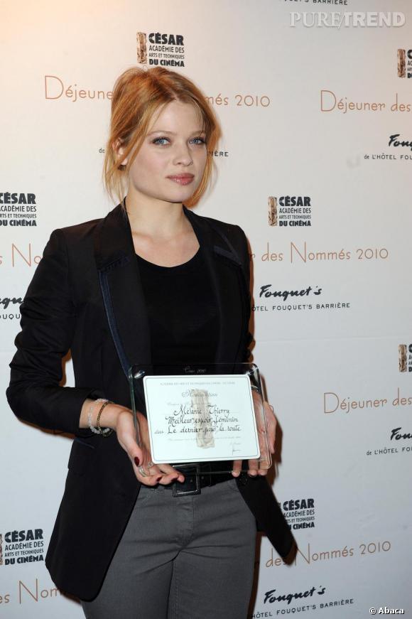 Mélanie Thierry assistait au Déjeuner des Nommés au Fouquet's