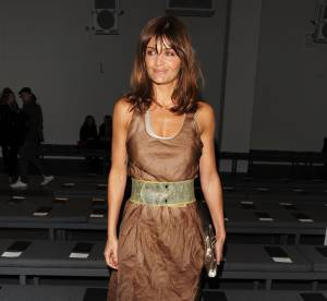 Helena Christensen : deux robes, deux styles mais toujours aussi sexy !