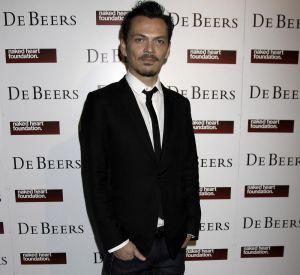 Le créateur de mode s'est éloigné des podiums le temps d'une soirée.