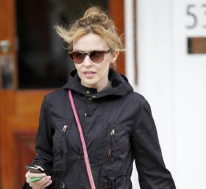 Kylie Minogue, découvrez son accessoire girly pour l'été !