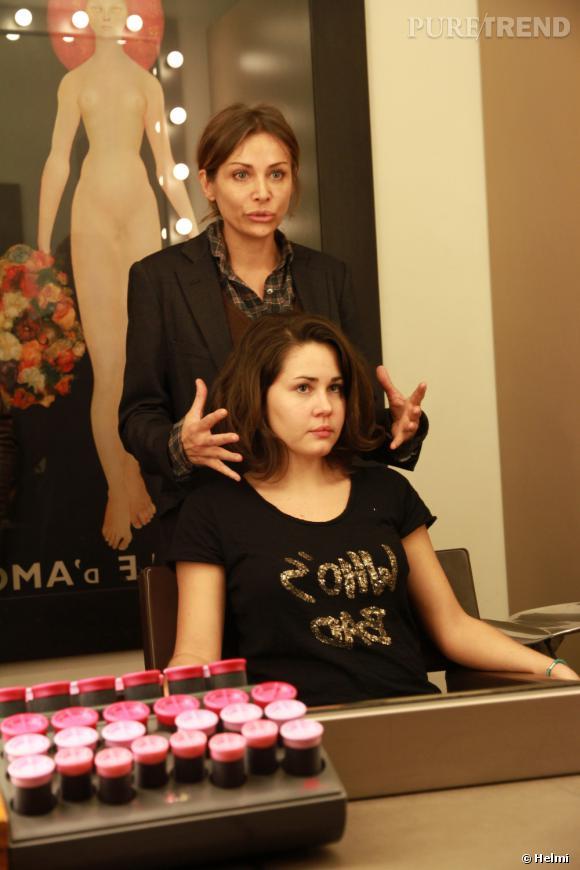 Dans Son Salon Cosy Isabelle Luzet Fait Le Point Avec Charlotte