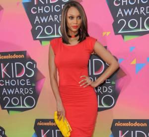 Tyra Banks : l'ex top de Victoria's Secret voit rouge