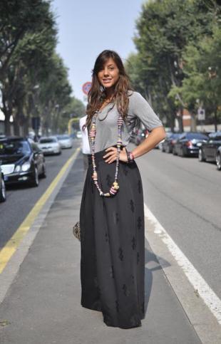 381338-streetstyle-la-jupe-longue-noire-et-310x483-3
