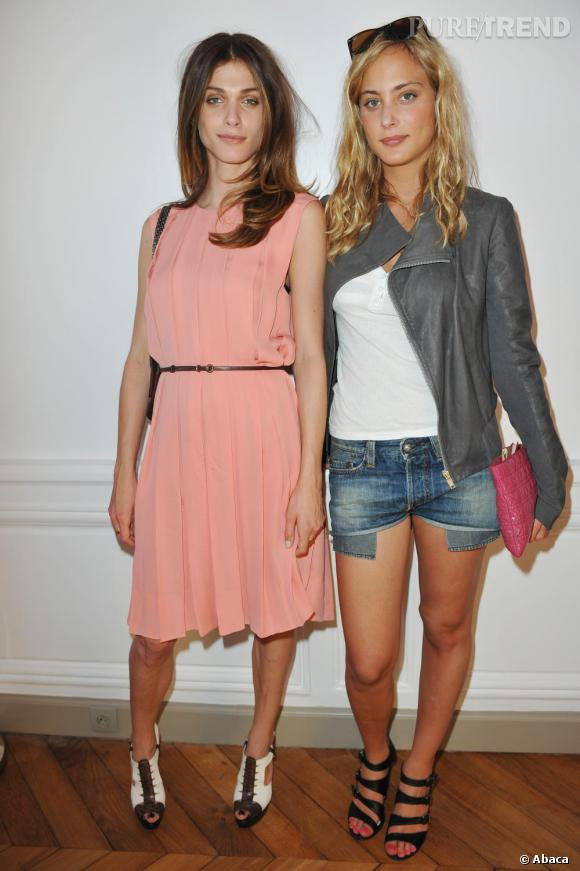 Elisa Sednaoui et Nora Arnezeder à l'ouverture de la boutique Lyubov à Paris.