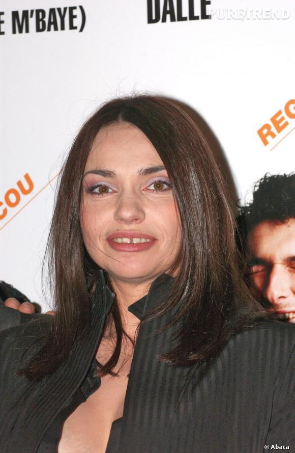 Actrice atypique, Béatrice Dalle aussi affiche le precieux sourire.