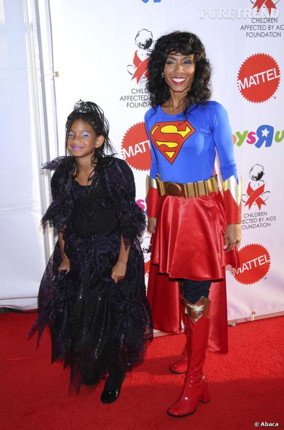 Willow Smith en princesse pendant que maman joue les Super(wo)man.