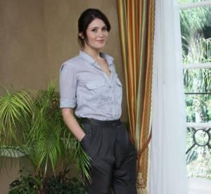 Gemma Arterton : son look casual et sexy... A shopper !