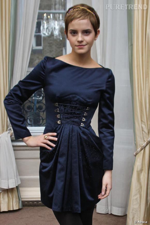 Emma Watson à la conférence de presse d'Harry Potter et les reliques de la mort à Londres.