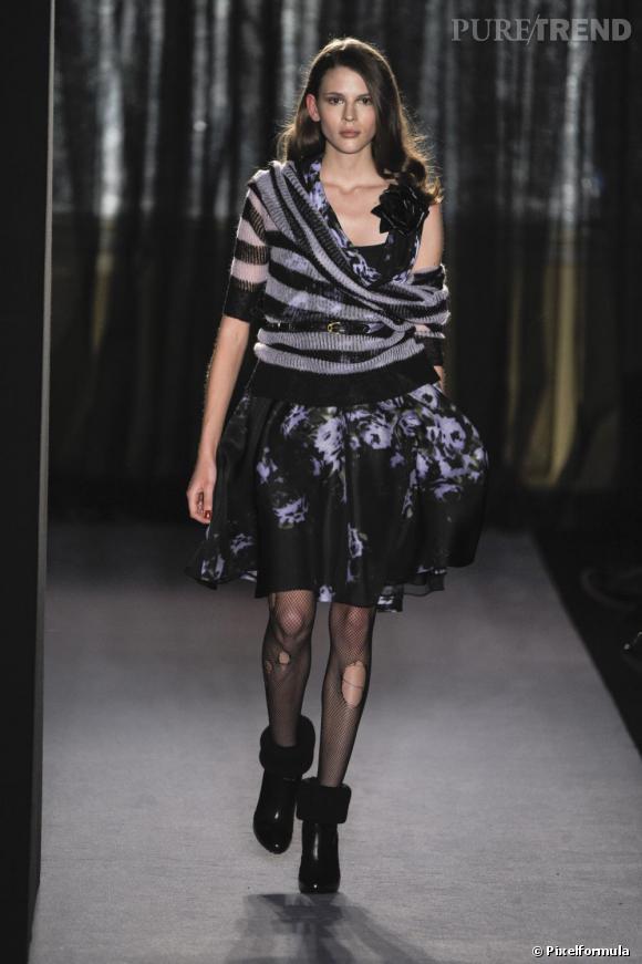 Pour l'hiver 2010/2011 chez Paul Smith l'imprimé marin s'invite sur un pull en maille over sized.