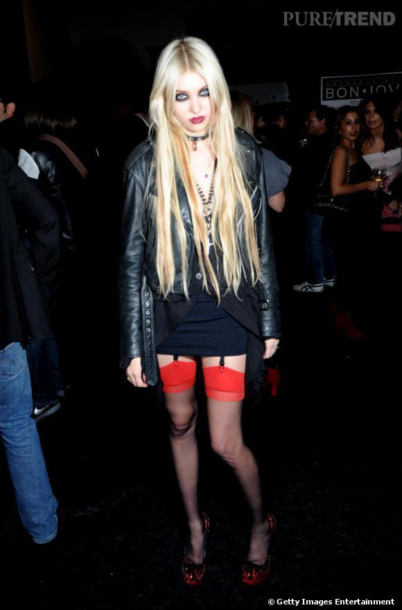 Taylor Momsen est davantage proche du look de catin que de la jeune fille en fleurs... un style pour l'aider ?