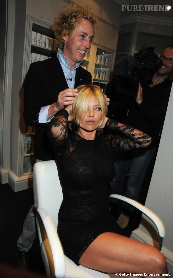 Kate Moss dans le salon de son ami James Brown.