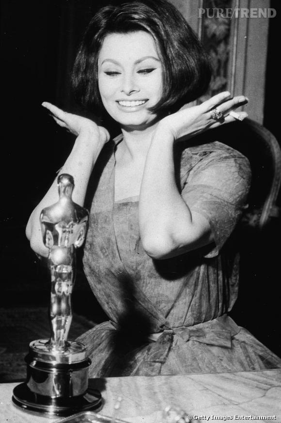 Fidèle à elle-même, l'actrice au sex-appeal légendaire est sublime.