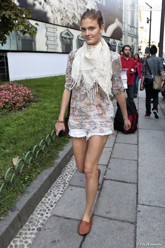 Les Top-models sont-elles toutes mal coiffées ?        Constance Jablonski, l'exception à la règle.