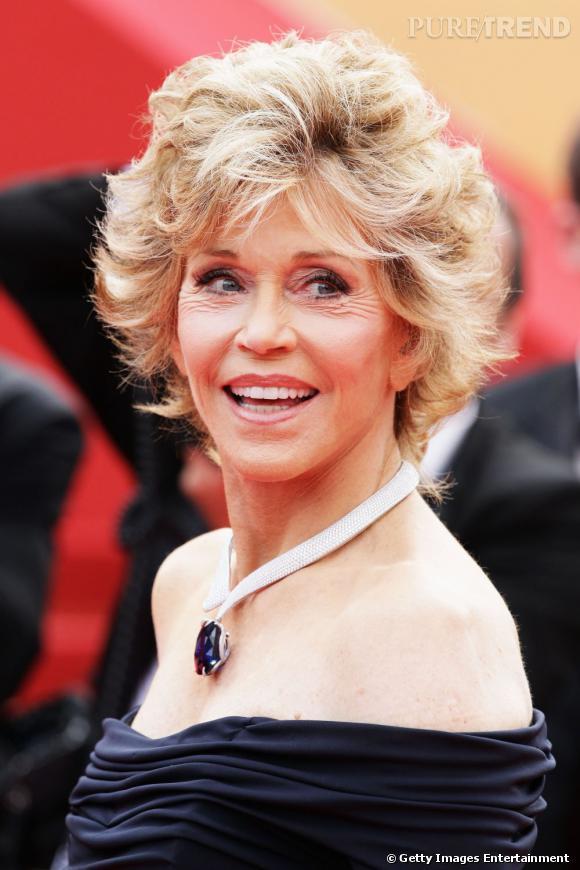 Cannes : les plus belles coiffures du samedi 14 mai          L'éternel court rebelle de Jane Fonda...l'actrice rayonne.