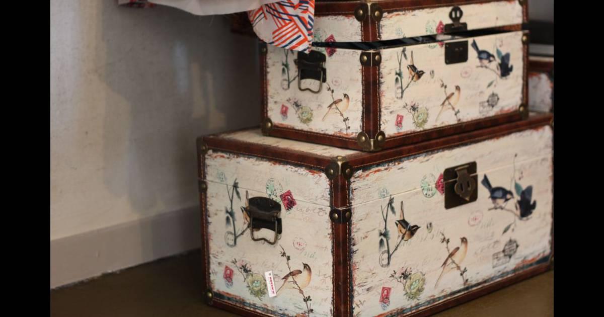 de vieilles malles de voyage pour remplacer les tiroirs puretrend. Black Bedroom Furniture Sets. Home Design Ideas