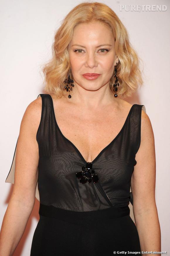 Cecilia Roth est l'une des rares étrangères a qui Almodovar a fait confiance. D'origine Argentine, l'actrice blonde rivalise de beauté avec les brunes piquantes qui ont l'avantage dans les films de l'Espagnol.